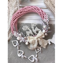 Новорічний вінок в рожевому кольорі